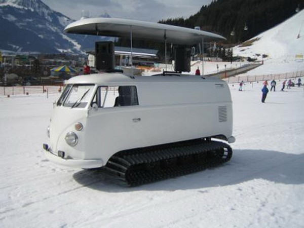 Volkswagen T1 tank for DJs