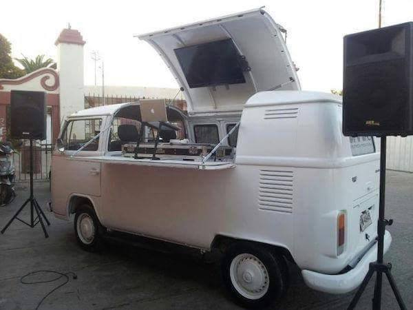 Volkswagen T2 for DJ