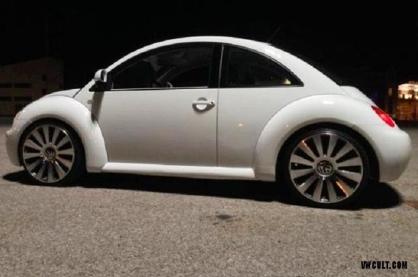 VW NewBeetle white