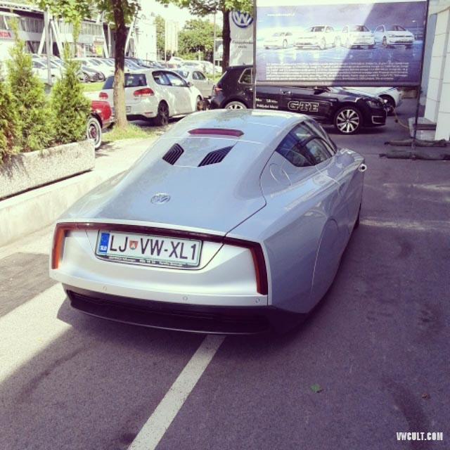 Carplate on Volkswagen XL1