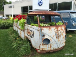 VW Bus for flowers