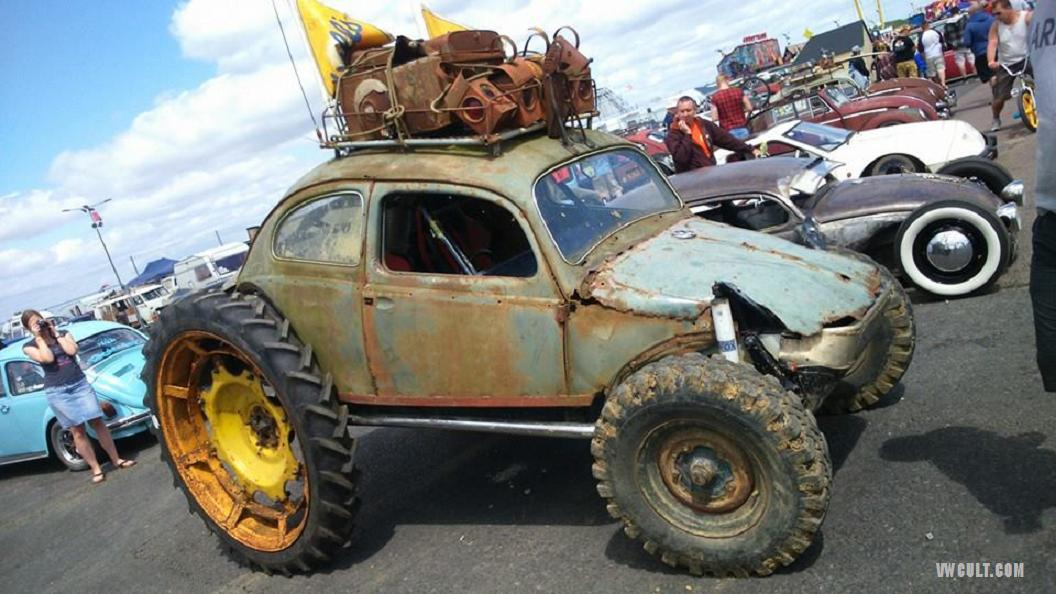 VW Beetle Tractor Monstrum